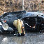 ไม่น่าเชื่อ!!!รถจักรยานยนต์เฉี่ยวกันไฟลุกไหม้ระเบิด